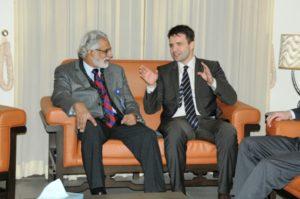 Pakistan's Junaid Zaidi and Bosnia's Nedim Makarevic engaged in serious talk.